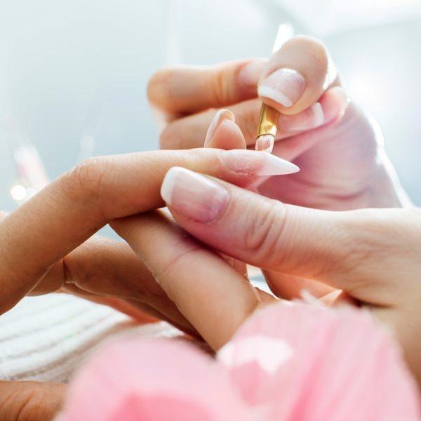 Gel nail workshop